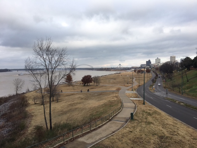 K9sOverCoffee | Walking In Memphis with 2 dogs in tow - Panoramic View Of The Mississippi and the Memphis Skyline Along The Riverwalk